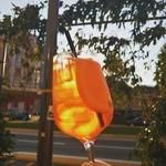 Certes c'est la rentrée, mais l'ambiance des vacances est toujours présente à l'Apericerie 🍹🏖️☀️  #apericerie #apero #aperitivo #aperitif #aperitifalafrancaise #bière #cocktail #vin #Grenoble